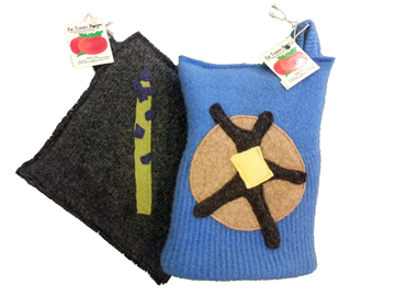 Fat Tomato oven mitts & pot-holders. Made in USA. | Willy Street Co-op